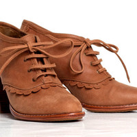 LACE. Leather oxford lace up boots / sizes US 4-13. Available in different leather colors.