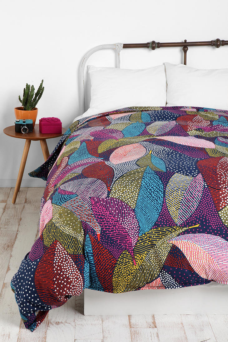 Dot Leaves Duvet Cover