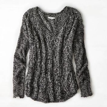 AEO Womenx27s Cable Knit V-neck Sweater Black