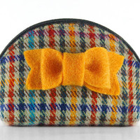 Tartan Tweed Zipper Coin Purse. Small Round Wallet with Zip and mustard felt bow. Teal Brown Rust Gray Plaid