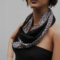 Double-Sided (Reversible) black and leopard  shrug ID29