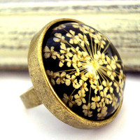 Ring with real dried flowers - bronze color, adjustable