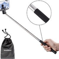 InnoGear Adjustable Extendable Wireless Bluetooth Monopod Handheld Self Portrait Selfie Stick with Remote Shutter Function for iPhone 4 4s 6 6 plus 5 5s 5c, Samsung S3 S4 Note 2 Note 3, HTC, Sony, LG, Compatble with IOS 4.0/ Android 3.0 or Above System (Bl