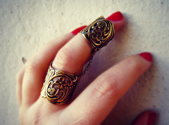 slave ring, armor ring connected rings, ring set, filigree ring, vintage style ring