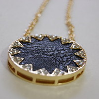 House of Harlow inspired Black Sunburst Sunflower Pendant Necklace - Threadflip