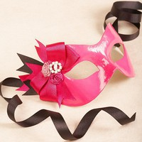 Cassia Rose/Black masquerade mask /req37430