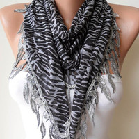 Triangular - Black and Grey Scarf with Leaves Edge - Leopard Print Fabric