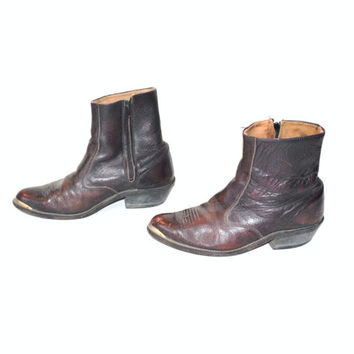 size 8.5 MENS ankle boots / vintage 70s WESTERN oxblood leather POINTY rock n roll cowboy booties