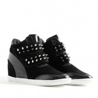 Missguided - Darcella Stud Hi Top Trainers