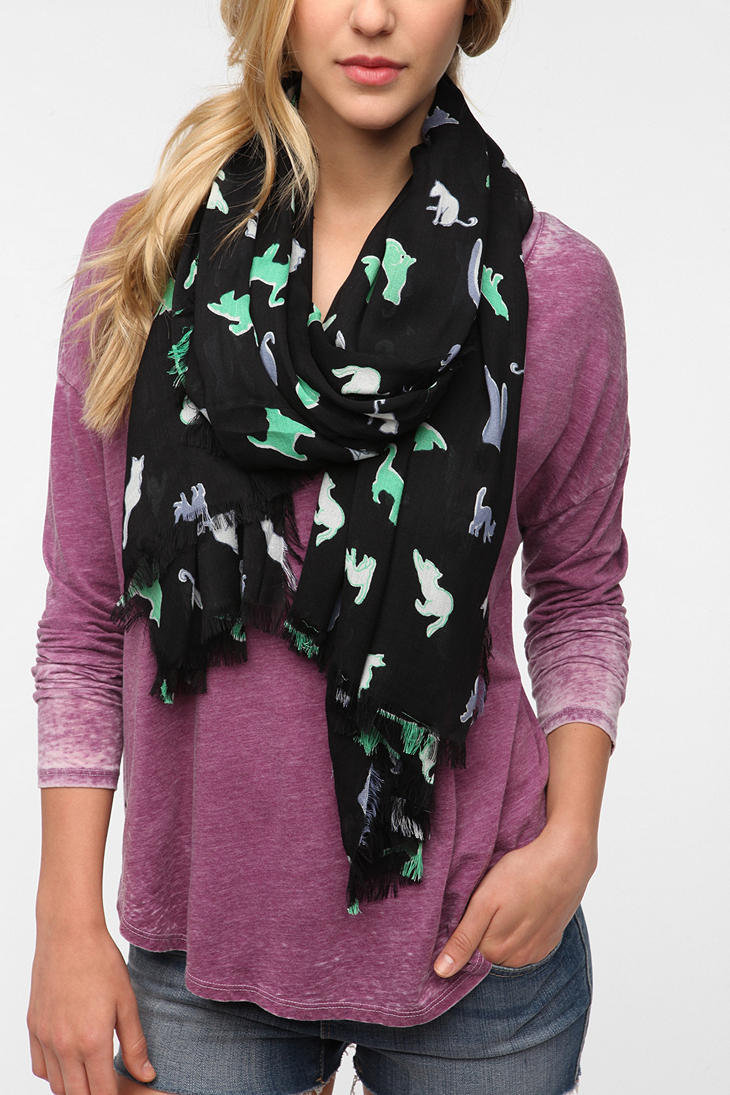 Cooperative Conversational Print Scarf