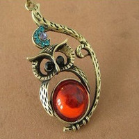 cute lovely owl Necklace, with crystal eye