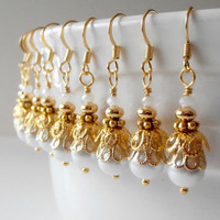 Bridesmaid Jewelry White Pearl Earrings in Gold Beaded Dangles Wedding Jewelry Bridesmaid Earrings Pearl Dangles