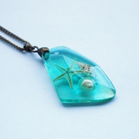 Ocean Icicle Necklace Turquoise Aqua Faceted Crystal Resin Starfish Tiny Seashells Specimen Necklace Unique Handmade