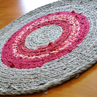 EKRA Crochet Rug Magenta Pink Red and Gray Round Upcycled by ekra