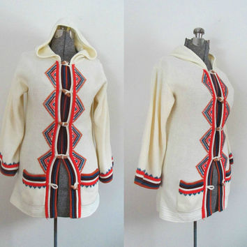 Boho Hooded Jacket Sweater Wooden Barrel Button Bell Sleeve Vintage 1960s 1970s