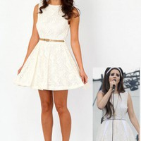 Missguided - Lorrna Crochet Lace Skater Dress