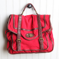 restless heart messenger bag in red - $48.99 : ShopRuche.com, Vintage Inspired Clothing, Affordable Clothes, Eco friendly Fashion