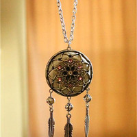 Victorian Style Dream Catcher Necklace