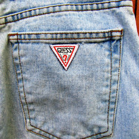 vintage high waisted Guess light denim skinny jean.