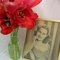 Romantic Vintage Glamour Picture Frame  Like New by NorScott
