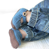 Brown and blue knitted merino wool baby bootie