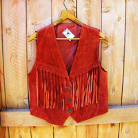vintage burnt sienna suede fringe western vest. made by Desperado. size S  M L. rust colored leather vest. fall fashion