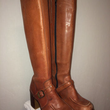VINTAGE 1970's Platform Boots Brown Leather Zip Up Size 7.5 M Made in Brazil You Studio 54 Sexy Thing Tan Charlie's Angels Style