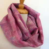 Womens Wool Felt Fashion Scarf. Pink Lavender