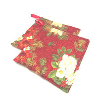 Set of 2 Christmas Potholders, Pointsettas