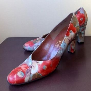 Vintage Leather Floral Pumps 8M Made in Spain 1950