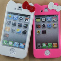New 2 pcs Hello Kitty Cut Lovely Hard Cover Character Case for iPhone 4 4G 4S