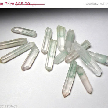 SALE Set of 5 Small Mint Green Celadonite Phantom Quartz Points... Rare Inclusions // Heart Chakra Stone, Mineral Specimen, Crystal Healing