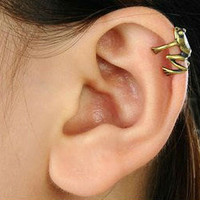 Ear Cuff - Frog
