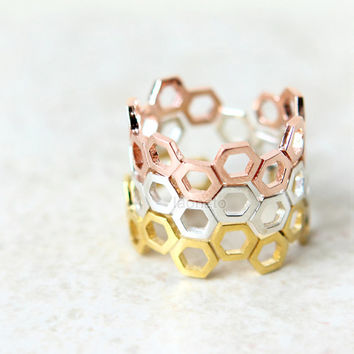 Adjustable Beehive ring in 925 sterling silver / honeycomb band, stacking rings