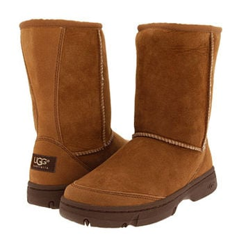 UGG Ultimate Short