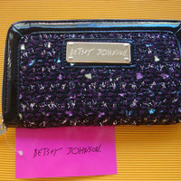NWT BETSEY JOHNSON Pink Tweedie zip-around wallet newest Fall / Winter style