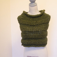 Chunky Moss Green Knit Capelet / Cowl, Ready to Ship, Fall scarf, winter cowl