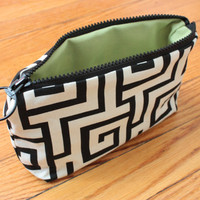 "Small  9""x6"" Zip Pouch in Black and White Maze Pattern"