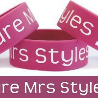 Future Mrs Styles One Direction Wristband Harry Fan: Jewelry: Amazon.com