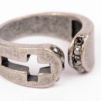 Cut the Cross Ring $10