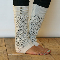 LouLou -off-white: Open-work Knit Leg warmers w/ 3 antique silver buttons - Legwarmers (item no.9-16)