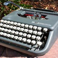 Smith Corona Skyriter Typewriter on Luulla