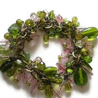 Beaded Charm bracelet pink green  chunky Large ring antique Brass chain