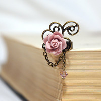 Dusty  Powder Pink Rose Cabochon Ring