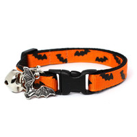 Bat-Tastic Halloween Cat Collar