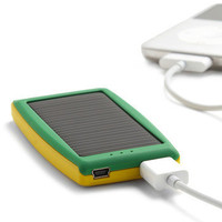 Sunny Is Power Solar Travel Charger | Mod Retro Vintage Electronics | ModCloth.com