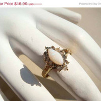 SALE Vintage Gold Opal Ring Size 5.5