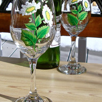 Hand Painted Wine Glasses With Daisies And A Charm