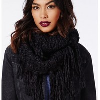Missguided - Winslow Fringed Snood Black