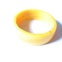 Yellow Resin bangle, yellow bracelet , resin bracelet , resin jewelry , petite jewelery , kids jewellery , child bangle , yellow bangle